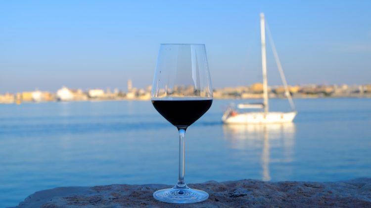 Il Calice itinerante: Bari, Puglia, il Primitivo